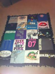 76 best T-shirt quilts images on Pinterest | Blanket, Colleges and Dyi & College tshirt quilt! Adamdwight.com