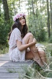 Léto Ve Vlasech účesy Ve Stylu Hippies Marie Claire