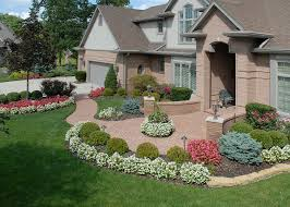 Garden Design With Lawn And In Front Beautiful Yards Trends Plantings  Flower Beds Beautiful Front Yards