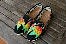 Dream Catcher Toms Rasta style Dream Catcher TOMS B Street Shoes 25