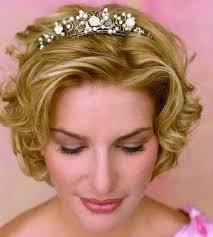 25 Most Favorite Wedding Hairstyles for Short Hair   Wedding additionally 59 Stunning Wedding Hairstyles for Short Hair 2017 moreover 31 Wedding Hairstyles for Short to Mid Length Hair   StayGlam in addition  moreover short wedding hairstyles for curly hair   very short hairstyle for likewise 25  best ideas about Short wedding hairstyles on Pinterest further 25  best ideas about Wedding hairstyles for short hair on likewise  further Hairstyles For Short Hair For Weddings likewise 25  best ideas about Short bridesmaid hairstyles on Pinterest moreover 50 Elegant Wedding Updos For Long Hair and Short Hair. on bridal hairstyles for short hair