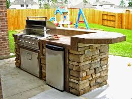 Simple Outdoor Kitchen Plans Design616462 Simple Outdoor Kitchen Simple Outdoor Kitchen
