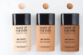it is the rainy season and you are worried about a base for your little makeup