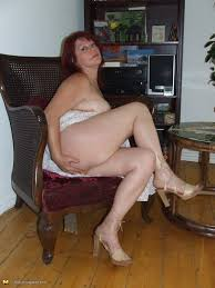 Videos of mature housewifes