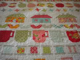 Design Your Own Row Quilts & Be in My Bonnet Row Quilt Adamdwight.com