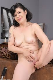 New porn photos of mature women