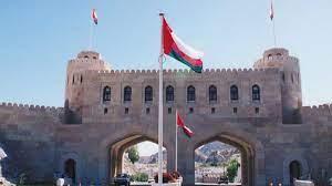 سلطنة عمان تعلن عن مبادرات تشغيلية لتوفير 32 ألف فرصة عمل