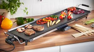 cooking at home with the teppanyaki grill