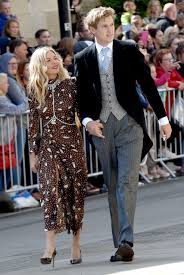 Sienna miller dating history, 2021, 2020, list of sienna miller relationships. Sienna Miller Is Engaged To Boyfriend Lucas Zwirner