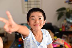 クラスの男子ほとんどが 昭和の子供たちに坊主頭が多かった理由とは