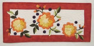 Appliqué Quilting by Hand or Machine & Quilt with Three Orange Flowers, Leaves and Buds Adamdwight.com