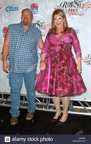 larry the cable guy wife. Fine Guy Larry The Cable Guy And Lisa Lampanelli Comedy Central Roast Of The  At For Wife L
