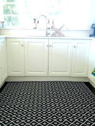 washable kitchen rugs with rubber backing machine washable kitchen rugs area rugs without rubber backing must