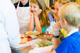 Les Cours De Cuisine Un Moment Magique Pour De Petits Chefs En