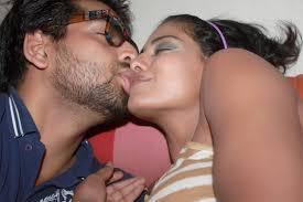 Veena Malik talking cutely to Rocks (<b>Prashant Singh</b>) by BollywoodF on <b>...</b> - artworks-000074435589-ftdvmv-original