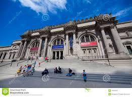 What Is A Metropolitan Metropolitan Museum Of Art Editorial Photo Image Of Stairs