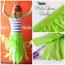 diy hula grass skirts tutorial
