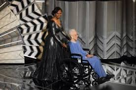Here's How Katherine Johnson Got to the Oscars — With an Astronaut's Help |  Space
