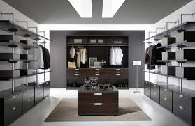 Luxury Walk In Closet Today We Have Rounded Up 21 Extraordinary Elegant And Gorgeous