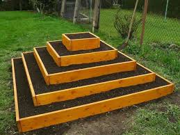 pyramid garden planter diy designs