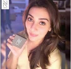 see stani celebrities who use no makeup kit by la salon