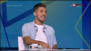 """ملعب ONTime - الجنيه في الأهلي بعشرة برة.. إجابات النجم """"محمد شريف"""" على  أسئلة الجماهير مع شوبير - YouTube"""