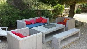 20 DIY Outdoor Pallet Furniture Ideas And TutorialsPallet Furniture For Outdoors