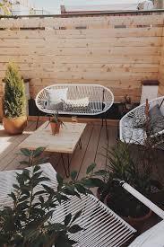 Image Tremendeous Modern Une Petite Terrasse à Labri Des Regards Eclectic Outdoor Furniture White Patio Furniture The Home Depot Petite Terrasse 15 Idées Pour Laménager Our Home Backyard
