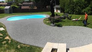 synthetic surface made with poured rubber flooring epdm granules