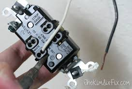 how to replace electrical outlets using quickwire push in releasing wire from quick wire