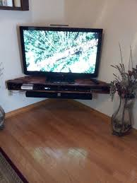 DIY Corner Tv Shelf in White, for a built in look, will also place
