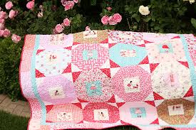 Quilt featuring the lovely Sarah Jane fabric: I can't bring myself ... & love this play around quilt pattern with the adorable sarah jane fabrics  (playhouse and meadow line of children at play)! Adamdwight.com