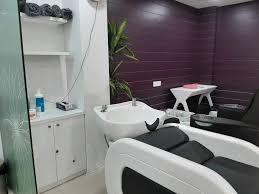 Naturals Family Salon And Spa Sahid Nagar Beauty Spas In