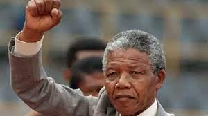 فيديو: نيلسون مانديلا رمز الكفاح ضد التمييز العنصري وأيقونة الأحرار في  العالم