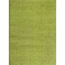 solid green rug soft cozy solid green 8 ft x ft indoor area rug solid solid green rug