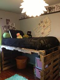 Floors Made From Pallets Diy Pallet Kids Bed Pallets And Lofts