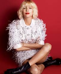 Taylor Swift New Hair Style taylor swift rocks new hairstyle and lighter eyebrows for vogue 4421 by stevesalt.us