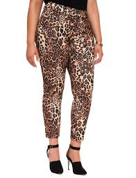 What To Wear With Patterned Leggings Best Design Inspiration