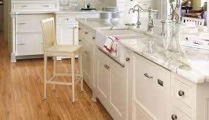 countertops hardwood granite dark bathroom photos appliances floors tile and ideas antique counters floor shaker oak