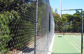 chain wire basketball court fence