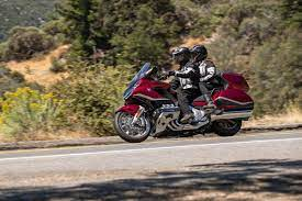 The touring model gets a larger trunk (11 liters more). 2021 Honda Gold Wing Gold Wing Tour Specs Features Photos Wbw