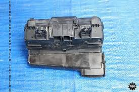 04 2005 honda s2000 ap2 v1 oem engine bay junction fuse box for we have a 04 2005 honda s2000 ap2 v1 oem engine bay junction fuse box assembly f22c 3046 item is in good condition and full working order