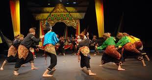 Setiap daerah tentunya memiliki alat musik tradisional, yang dimana alat musik tradisional ini harus dijaga dan dilestarikan. Pengertian Dan Jenis Pertunjukan Musik Tradisional Nusantara