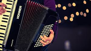 How To Play With Your Left Hand Accordion Lessons