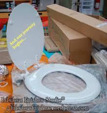 gold foil toilet seat. gilding a toilet seat, gold leaf, shop.fabfinisher.com, fabulous finishes foil seat