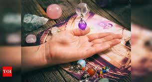 Pendulum Therapy: How to Use a Pendulum for Spiritual Healing & Balancing  the Body Energy (Chakra)