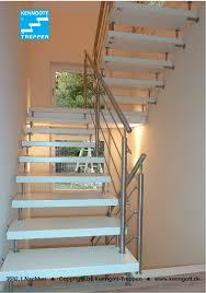 Sehr geehrte damen und herren, wir bieten fachgerechte renovierung von alte treppen zum festpreis.,treppen schleifen, lackieren, renovieren, belegen in aachen nachricht schreiben. Treppenrenovierung Treppe Haus Treppenrenovierung Treppe Renovieren