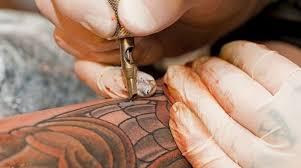 Bílé Tetování Osobitý Styl Který Nikdo Neuvidí Zapni Mozek
