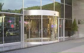 china full or semi circle concave or convex version arc door curved glass doors supplier