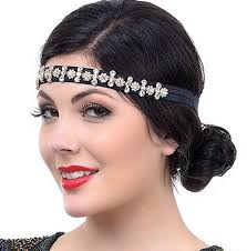 so whether you re going to a gatsby themed prom or your want to have your own style instead of wearing
